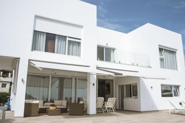 Sold: 4 Bedroom, 4 Bathroom Villa in La Quinta Golf, Nueva Andalucia