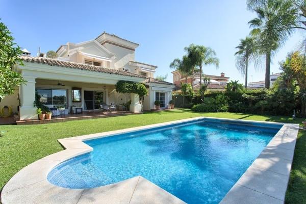 Sold: 4 Bedroom, 3 Bathroom Villa in La Quinta, Nueva Andalucia